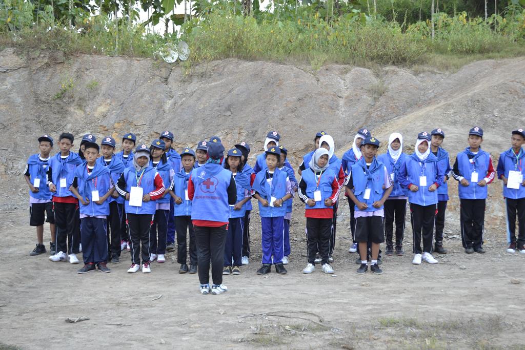Palang Merah Remaja (PMR) Madya dari 4 SMP yang ada di Blora.