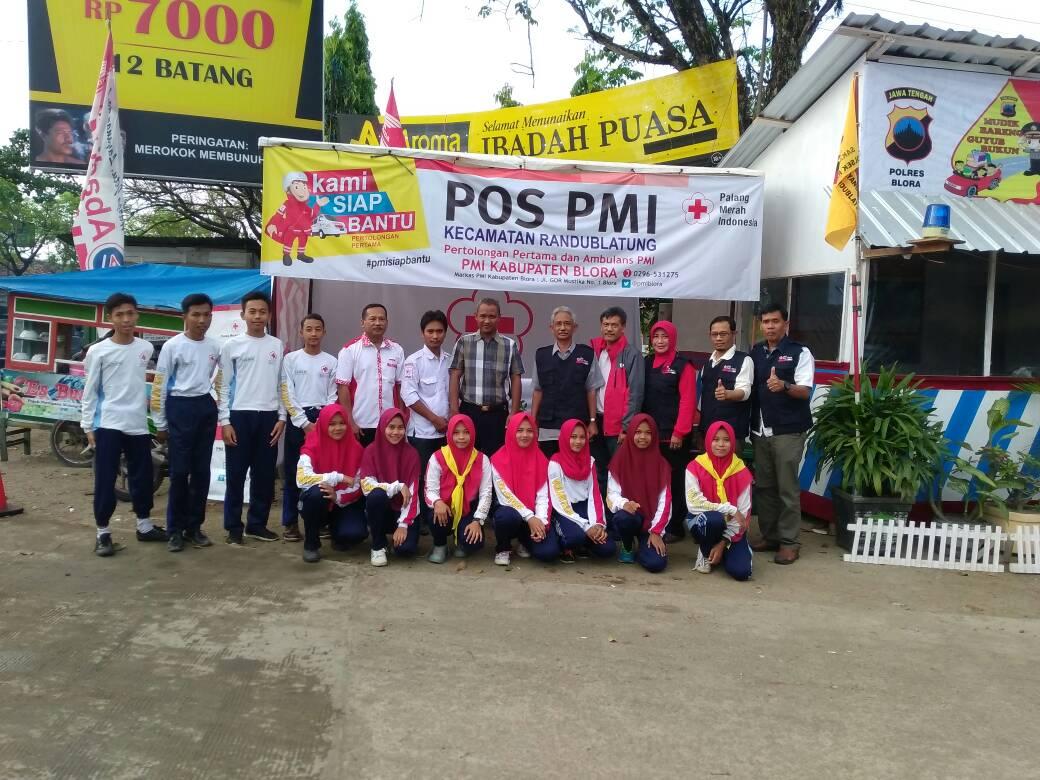 Saat berada di Pos PP Simpang Tiga Wulung Kecamatan Randublatung Blora.